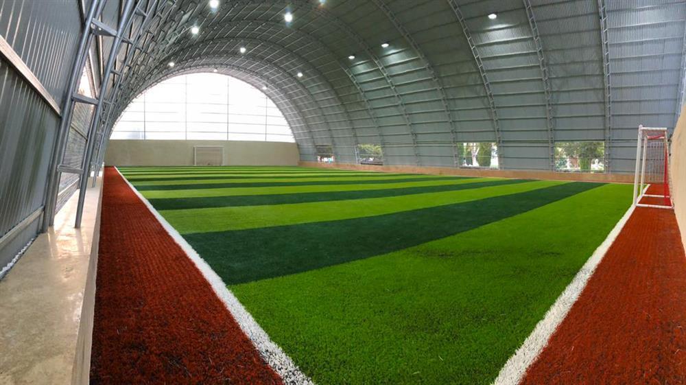محل تمرین شعبه جهانشهر مدرسه فوتبال درفک البرز