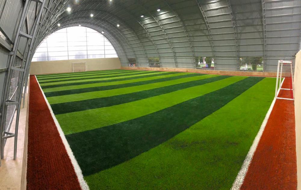 زمین-تمرین-باشگاه-مدرسه-فوتبال-درفک-البرزFCDORFAK-زمین-چمن-خانه-خورشید-پارک-خانواده-جهانشهر