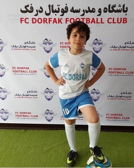 نیکان-مهرزاد-باشگاه-مدرسه-فوتبال-درفک-البرز