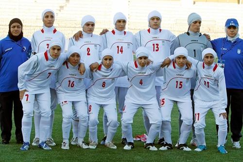 مدرسه فوتبال دخترانه در کرج (مدرسه فوتبال بانوان در کرج)